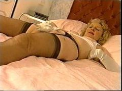 Old lady in nylons and gloves masturbating movies at freekilomovies.com