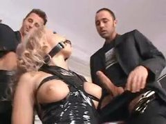 Blonde in collar and latex does gangbang movies at find-best-hardcore.com