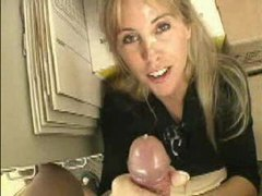 Busty amateur blonde babe likes cumshots videos