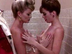 Arousing threesome in the bathroom videos
