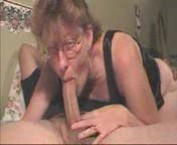 Sexy mommy sucking a nice big cock videos