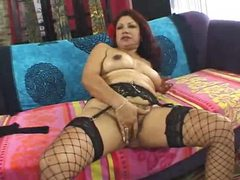 Mature latina plugged in hairy pussy movies at kilosex.com