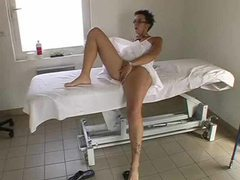 Glasses chick gets massage and a hard fuck videos