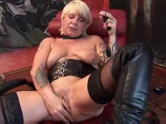 Mature german in boots toys her cunt movies at find-best-lesbians.com