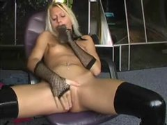 Amateur blonde toying her naughty pussy movies at kilopics.net