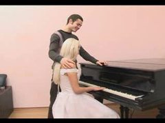 Fucking the bride that sits at the piano videos