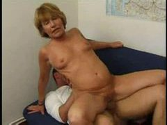 Mature french chick taken in her anus videos