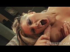 Hard anal inside her loose asshole movies at freekilosex.com