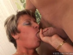 Mature with a nice hairy pussy fucked tubes