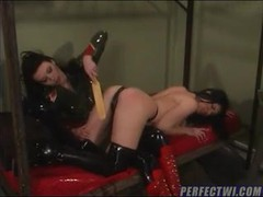 Latex submissive is punished and hurt movies at kilomatures.com