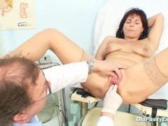 Milf gets her pussy examined nice and close videos