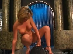 Sexy chick rides the sybian for her pleasure movies at kilopics.net
