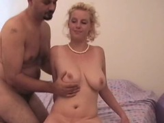 Nice tit blonde manages a very good blowjob tubes