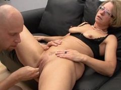 Fucking her mature ass and fisting her pussy movies at sgirls.net