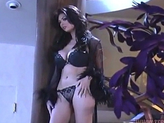 Smoking hot tera patrick in a bra movies