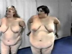 Gym full of obese babes seduce their trainer videos