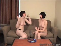 Pettles and elora play strip jester tubes