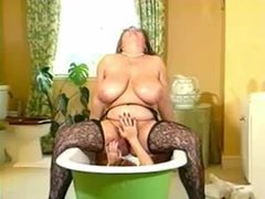 Fat lesbian bitches in the bathtub movies at relaxxx.net
