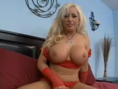 Savannah gold teases us with her big tits videos