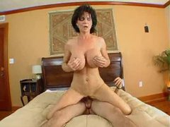 Creamy cumshot on the milf slut deauxma videos