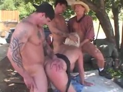 Chubby mature hardcore gangbang outdoors videos
