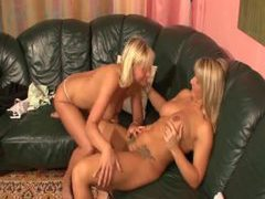 Blonde milfs get into pussy eating on the couch videos