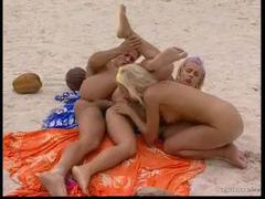 Beach threesome has great anal sex videos