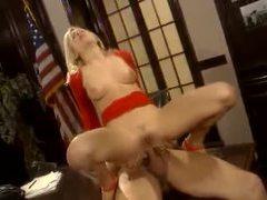 Blonde with insanely hot slender body banged tubes