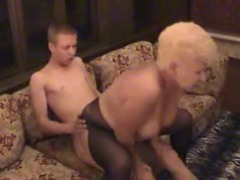 Mature slut in pantyhose fucked by stiff dick videos