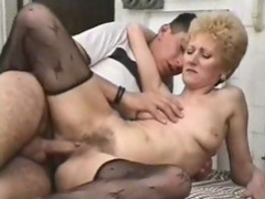 Her sexy granny pussy is fucked deep movies at sgirls.net