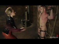 Babe in latex bringing her man great pain videos