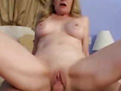 The hot momma is riding a cock like a slut movies at kilotop.com