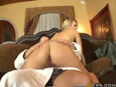 Check out her big ass shaking for you movies at kilosex.com