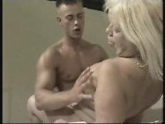 Old slut's hot pussy is fucked by a young man videos