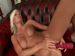 Pouring milk on her perfectly tanned body movies at kilopics.net