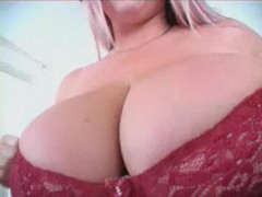 Showing off her enormously sexy boobs movies at kilopics.net