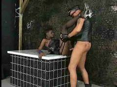 Deepthroating black chick and hardcore fuck movies at kilosex.com