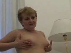 Chubby mom hole filled by hard dick videos