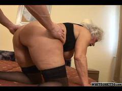 Hairy pussy granny nailed in her box videos