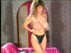 80s porn babe shakes her big sexy titties tubes