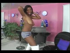 Black girl in booty shorts and boots dances movies at kilotop.com