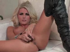 Gorgeous blonde in leather boots dildo fucks her cunt videos