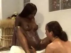 Oral sex in bathtub with incredibly hot black girl movies at freekilosex.com