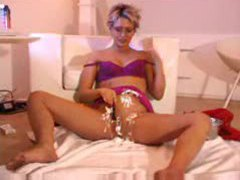 She shaves her hot pussy clean movies at kilosex.com