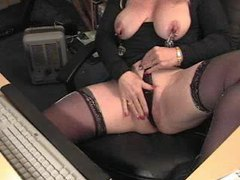 Mature attaches clamps to her nips movies at very-sexy.com