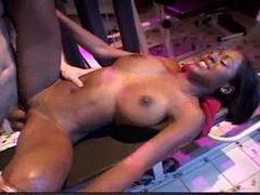 Erotic hardcore with black girl in home gym movies at sgirls.net