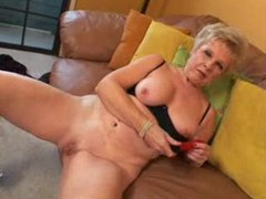 Granny masturbates her cunt and swallows cum videos