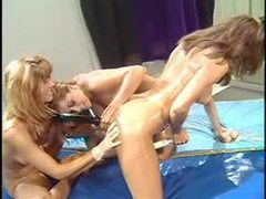 Oiled up lesbian group sex with big penetration videos