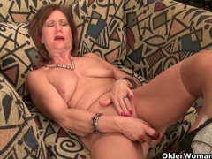 American milfs give their pussy much needed relief clip