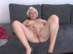 Curvy mature blonde finger banging her twat movies at freekiloporn.com